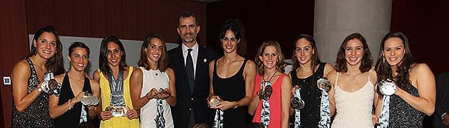Prince Felipe et l'équipe espagnole de natation