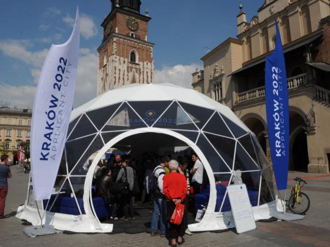 Tente - Cracovie 2022 - vue extérieure