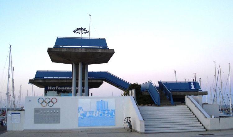 Hambourg 2024 - Olympia Hafen Kiel - torche olympique