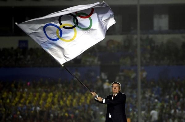 Thomas Bach lors de la Cérémonie de clôture des Jeux Olympiques de la Jeunesse de Nanjing 2014 (Crédits – Xinhua / CIO)