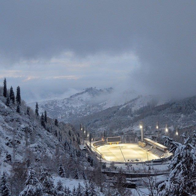 Almaty 2022 - Medeu nocturne