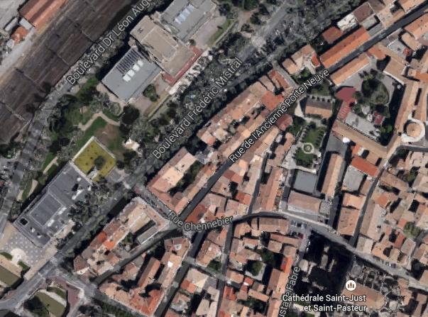 Vue du Palais du Travail - Narbonne