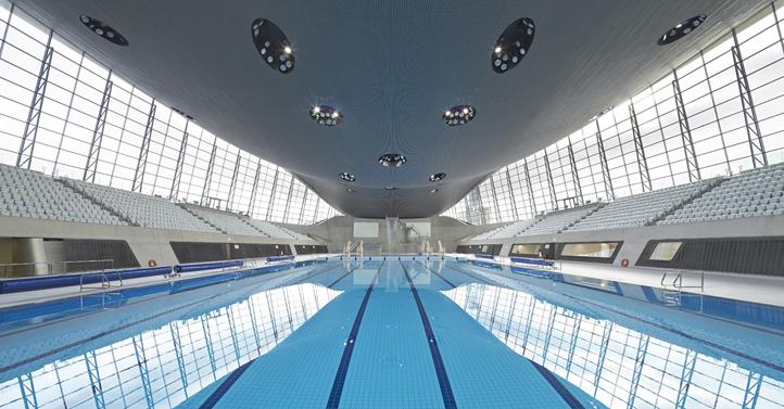 Vue intérieure du Centre Aquatique de Londres (Crédits - Zaha Hadid Architects)