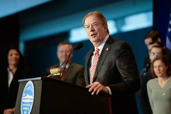 Larry Probst, lors de la présentation officielle de la candidature de Boston, en janvier dernier (Crédits - Boston 2024)