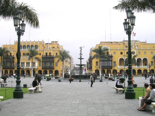Classé au Patrimoine Mondial de l'UNESCO depuis 1991, le centre-ville de Lima est un atout pour une éventuelle candidature (Crédits - Wikipedia / Tetraktys)