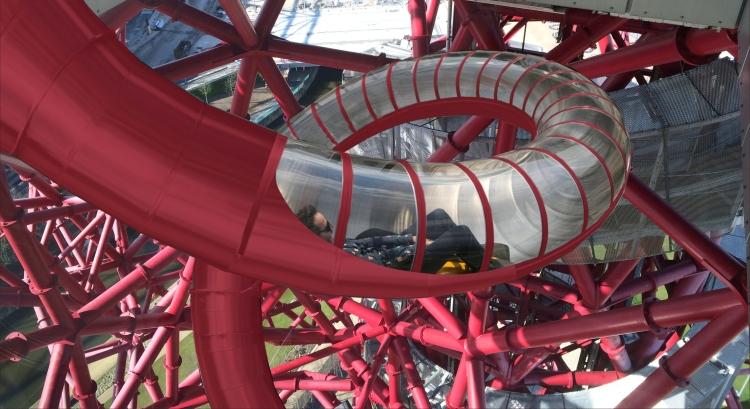 Visuel du futur toboggan de la tour londonienne (Crédits - ArcelorMittal Orbit)