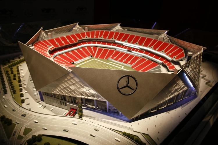 Maquette du Mercedes-Benz Stadium, avec notamment les impressionnants panneaux qui constitueront la toiture rétractable du stade (Crédits - Atlanta Falcons)
