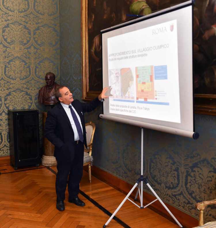 Présentation de plans relatifs au Village Olympique de Rome 2024 (Crédits - Ferdinando Mezzelani / GMT)