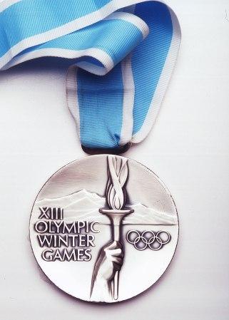 Médaille olympique de Lake Placid 1980 (Crédits - CIO)