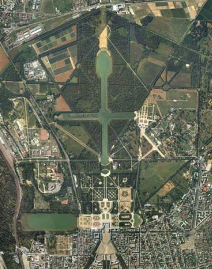 Vue aérienne du Château et du Domaine de Versailles (Crédits - Château de Versailles)