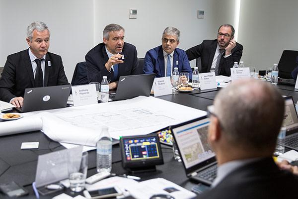 Étienne Thobois s'exprimant devant les représentants du CIO (Crédits - CIO)