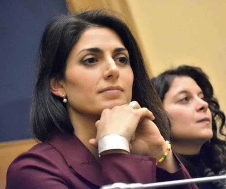 Virginia Raggi est l'une des favorites pour prendre la tête de la capitale italienne (Crédits - Page officielle Facebook)