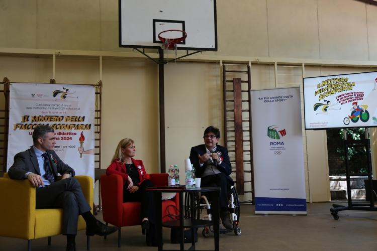 De gauche à droite, Marco de Ponte, Secrétaire Général de ActionAid Italia ; Diana Bianchedi, Directrice Générale de Rome 2024 ; et Luca Pancalli, vice-Président de Rome 2024 (Crédits - Roma 2024)