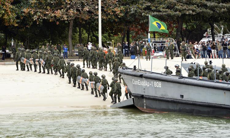 Exercice militaire dans la zone de Flamengo, le 19 juillet 2016 (Crédits - Ministère Brésilien de la Défense / Gilberto Alves)