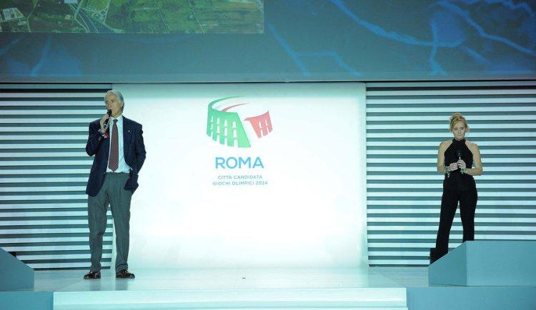 Giovanni Malago, Président du CONI ; et Diana Bianchedi, Directrice Générale de Rome 2024, lors de la présentation du projet, le 17 février 2016 (Crédits - Ferdinando Mezzelani et Pasquale Carbone / CONI)