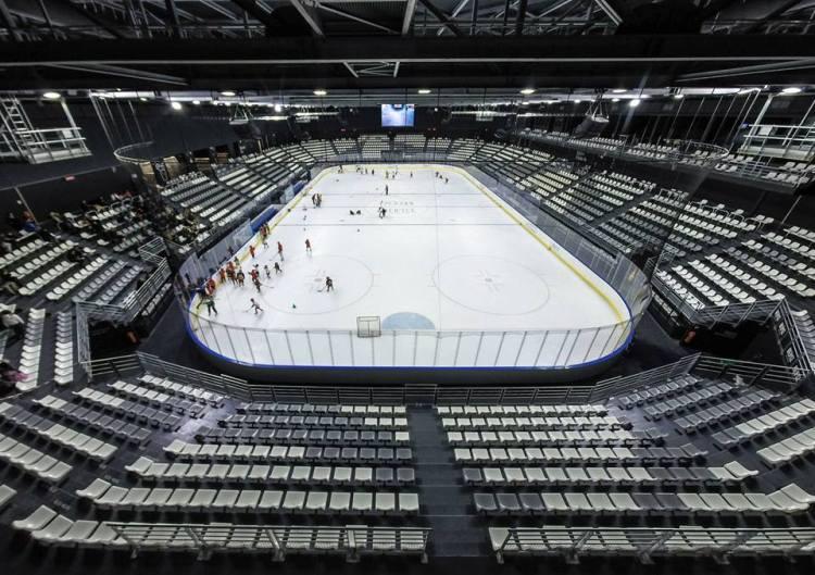 Vue intérieure de la patinoire principale (Crédits - Aren'Ice)