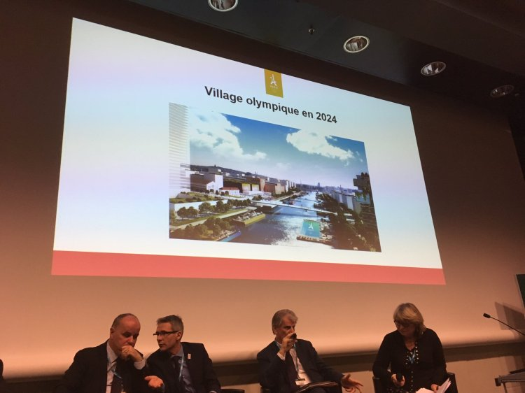 De gauche à droite, Vincent Capo-Canellas, Maire du Bourget ; (Crédits - Patrick Braouezec / Page Twitter)