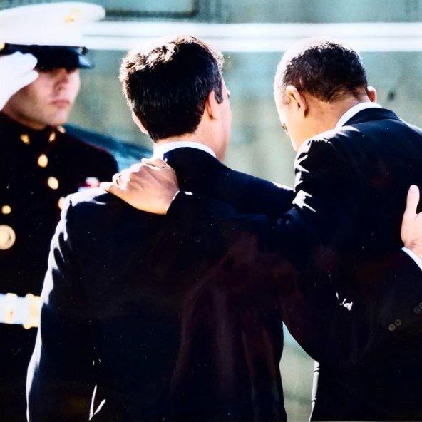 """Sur sa page Twitter, Eric Garcetti a mentionné : """"Merci M. Le Président"""" avec la photographie ci-dessus (Crédits - Eric Garcetti / Page Twitter)"""