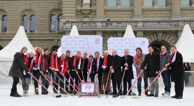 Les porteurs de la candidature de Sion 2026 lors de la présentation du projet, le 20 janvier 2017 (Crédits - Sion 2026)